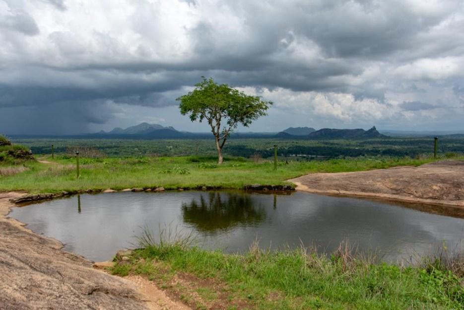 aussicht yapahuwa felsen pool