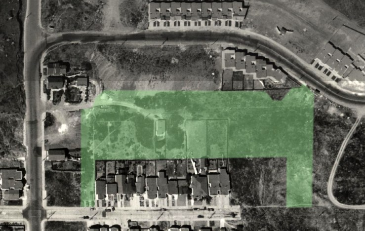 1938 aerial photograph showing the lone house on the land that would become the playground (marked in green). Altered photo, from davidrumsey.com.