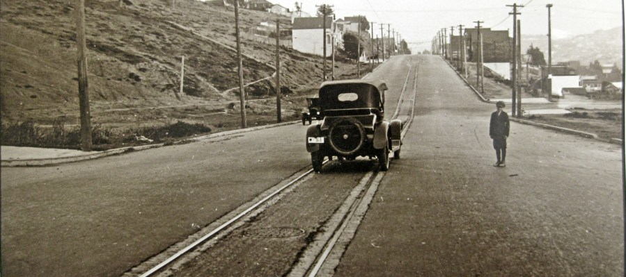 1919c Monterey & Edna. Photo: Western Neighborhoods Project