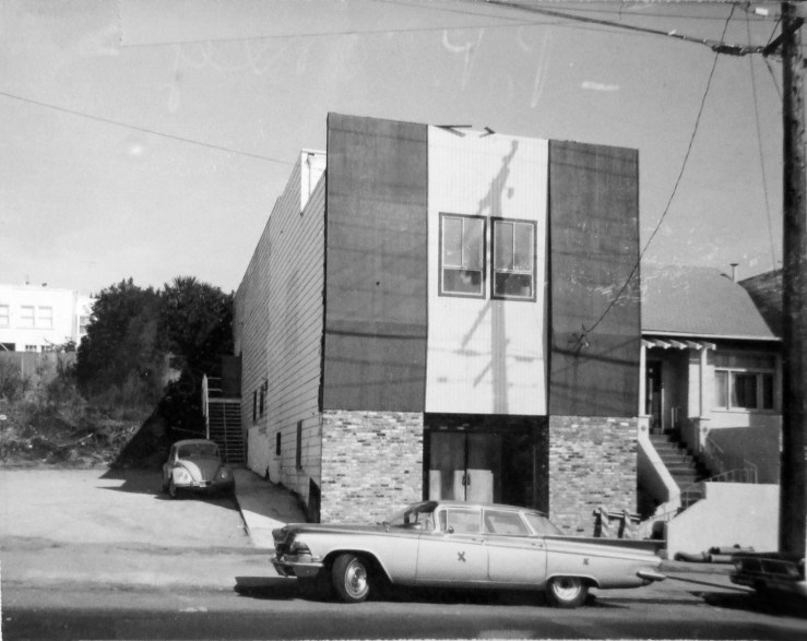 Oct 1971. 620 Monterey Blvd. The building was then vacant, soon to be bought by the Syrian Association for a social club. San Francisco Office of Assessor-Recorder Photographs Collection, San Francisco History Center, San Francisco Public Library