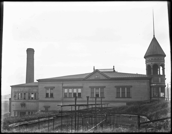 1904. Sunnyside Powerhouse. View from Circular Ave. Monterey on the right. Courtesy SFMTA sfmta.photoshelter.com