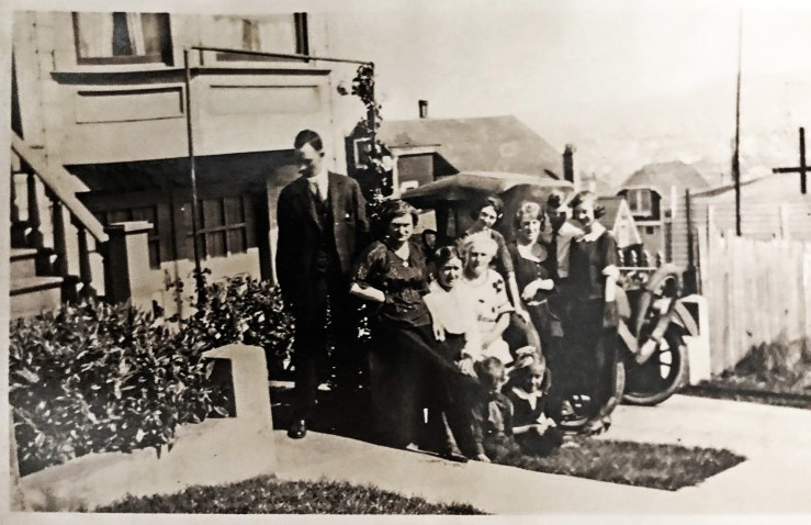 1930s. The Denholm family in front of their house at 330 Congo Street. Courtesy Roseanne Stoke.