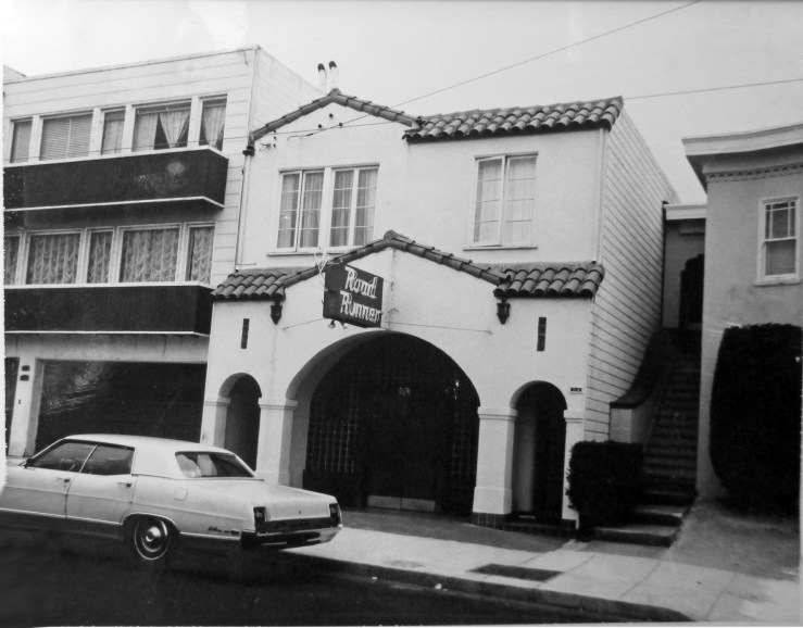 1970c. 716 Monterey Blvd. Structure was built specially to house Fred's Café in 1938. Later it was The Road Runner Tavern (1960s-1980) and then O'Donoghue's Irish Bar. Read a post about that here. San Francisco Office of Assessor-Recorder Photographs Collection, San Francisco History Center, San Francisco Public Library sfpl.org/sfphotos/asr