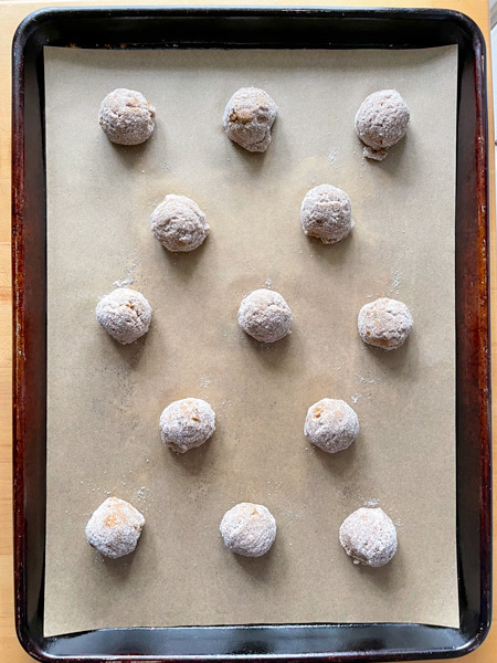 Steps for making molasses spice cookies