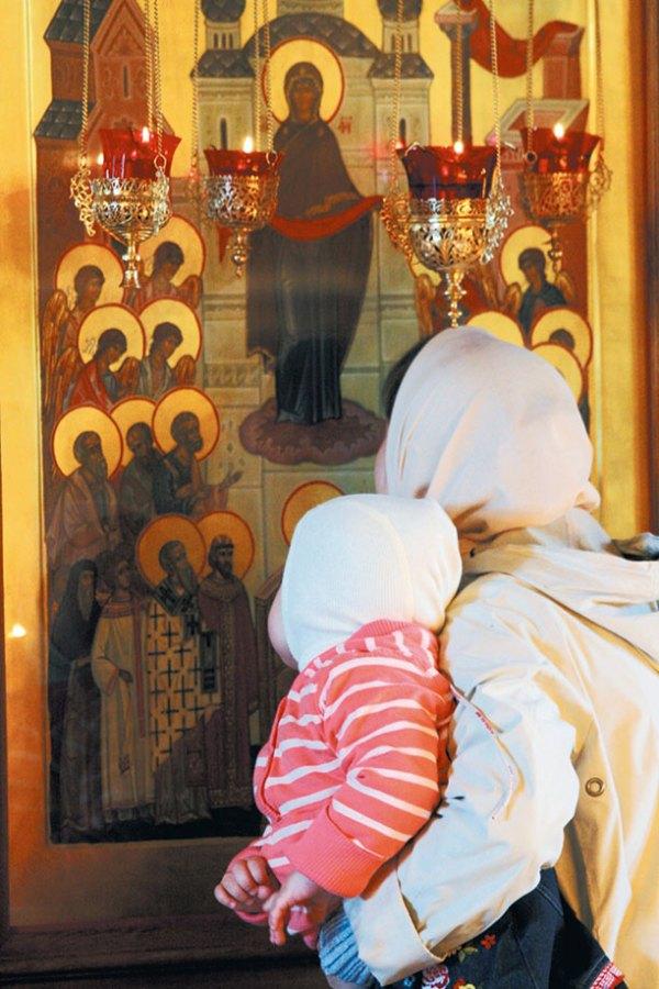 В Зачатьевком монастыре. У образа Покров Пресвятой Богородицы