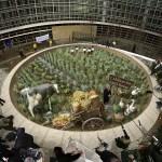 Random image: Greenpeace Million Names - Kurt Wenner