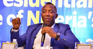 Sowore finally regains freedom after months in DSS custody