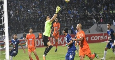Watch Persela Lamongan vs Semen Padang Live Streaming