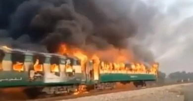 Again train derails, catches fire and injured 10 persons