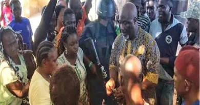 Dino Melaye caught on camera sharing money at polling booth (Video)