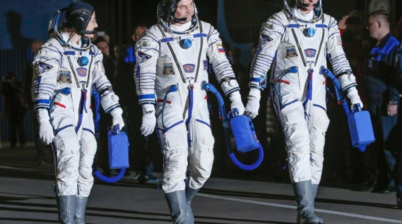Amazing: American Astronauts after 328 days in space returns to Earth
