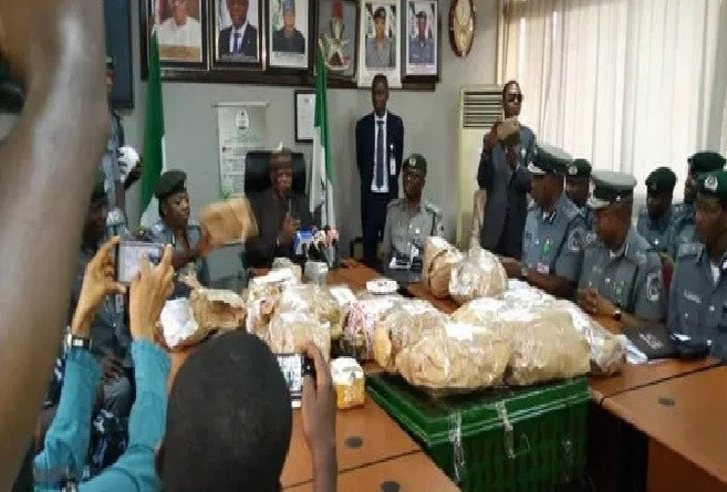 Just In: Customs seize $8.6 Million Cash in Airport
