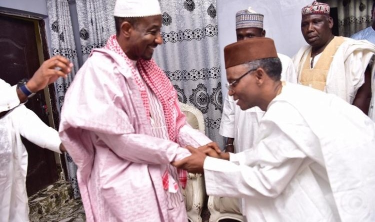 Breaking: El-Rufai bows to greet Sanusi in Awe Town