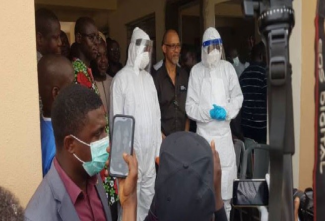 Sanwo-Olu appears in overall, as he inspects coronavirus operation centre in Yaba (Photo)