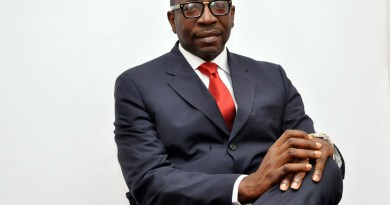 BREAKING: APC clears Ize-Iyamu, gives him governorship form