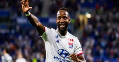 Possible Shirt Numbers That Moussa Dembele Could Wear At Manchester United Unfold