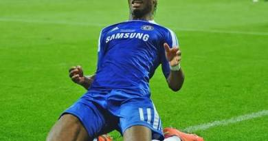 Didier Drogba sends message to Chelsea super star after his performance against Man United