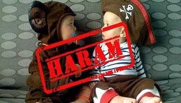 Katar İmamları Çocuk Giysilerinde Hayvan Resimlerini Yasakladı
