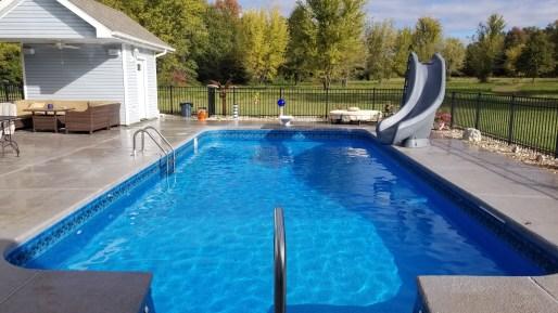 vinyl lined diving pool in Asbury, MO.