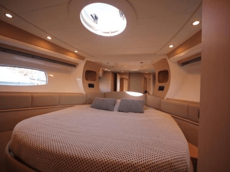 Accommodating 6 guests in 3 cabins, the Pershing 50.1 boasts a luxurious and comfortable interior
