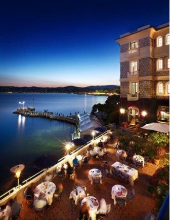 Drink: Fitzgerald Piano Bar @ Hôtel Belles Rives, 33 Blvd Edouard Baudoin, 06160, Juan-les-Pins, Cap d'Antibes