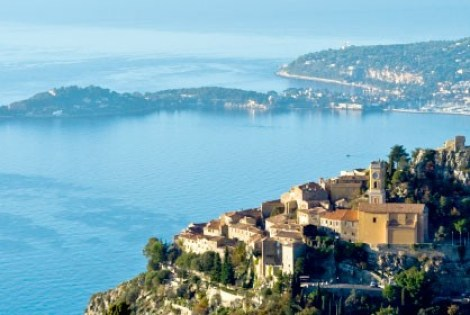 Beaulieu-sur-Mer is a highly sought after yachting destination, filled with popular restaurants, bars and hotels