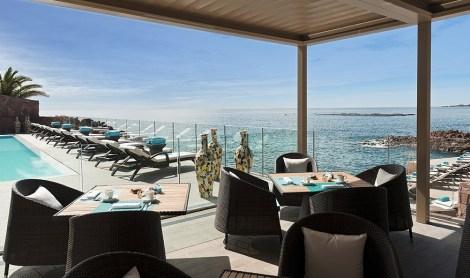 Drink: The Beach Bar, 47 Avenue de Miramar, 06590 Théoule-sur-Mer
