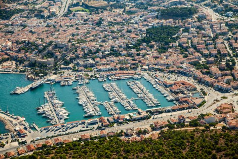 Blending harmoniously with the town's traditional style, Çeşme Marina offers everything you could ever wish for, all year round…