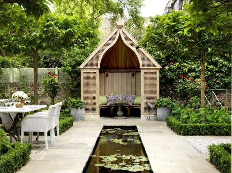 The garden is gorgeous for entertaining friends or relaxing with a glass of wine and a book.