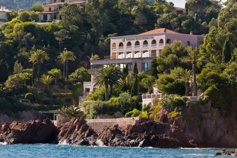 Nestled in a private bay, the hotel provides a secluded feeling, but is still located at close proximity to Cannes