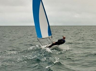 Sunseeker Torquay supports single handed cross-Channel dinghy sail