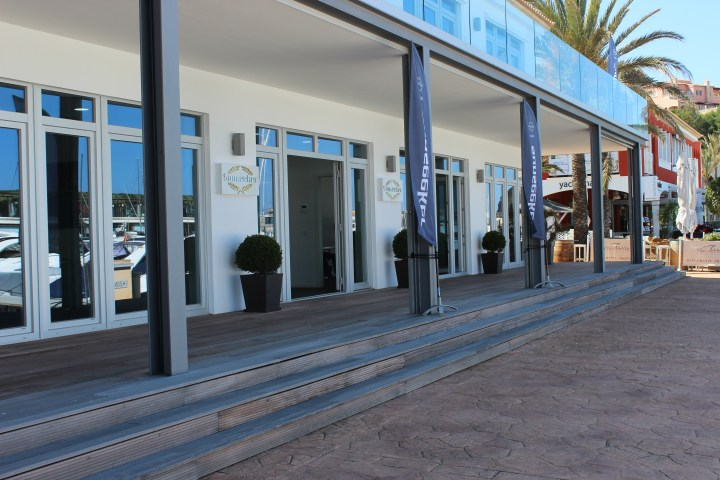 NEW OFFICE AND TEAM: Sunseeker Mallorca opens a new office in Port Adriano with a complete sales and support team