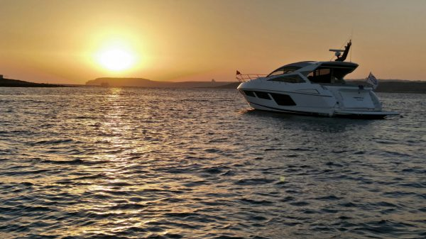 EVENT ROUND UP: Sunseeker Malta enjoys a picturesque sunset with Sunseeker owners at Baia Beach Club