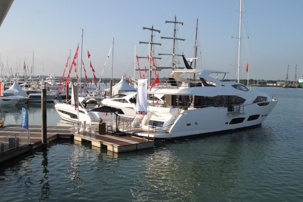 SAVE THE DATE: Join the Sunseeker London Group this 2017 Boat Show Season!