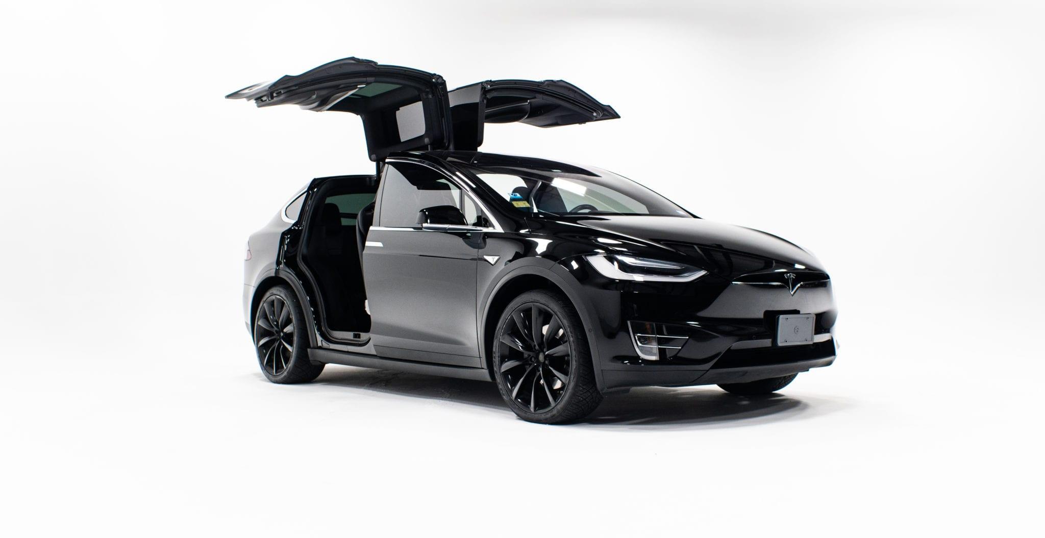 Austin Tesla Model X sunset limo car Services 2