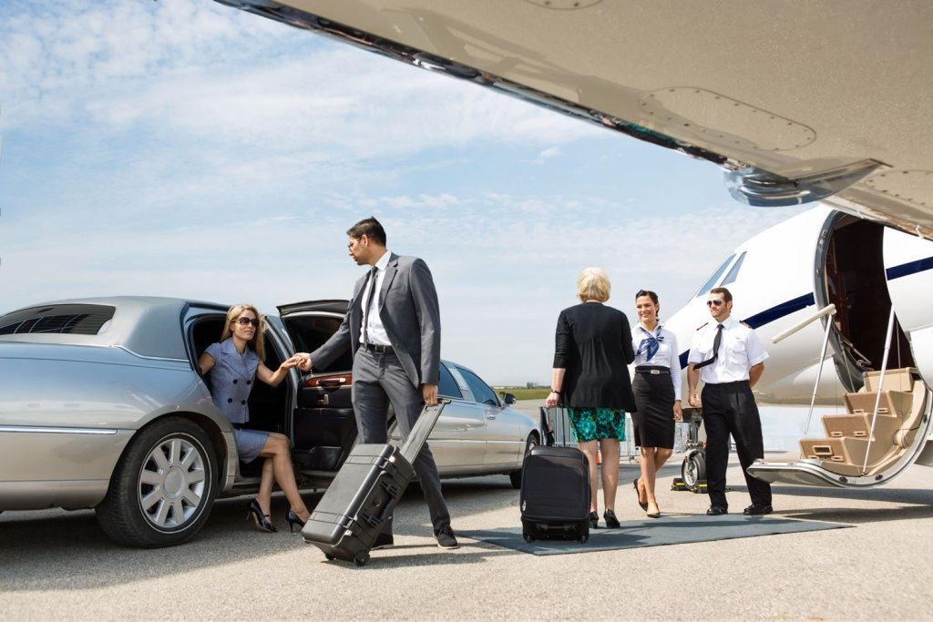 airport transfer hamptons limousines car service