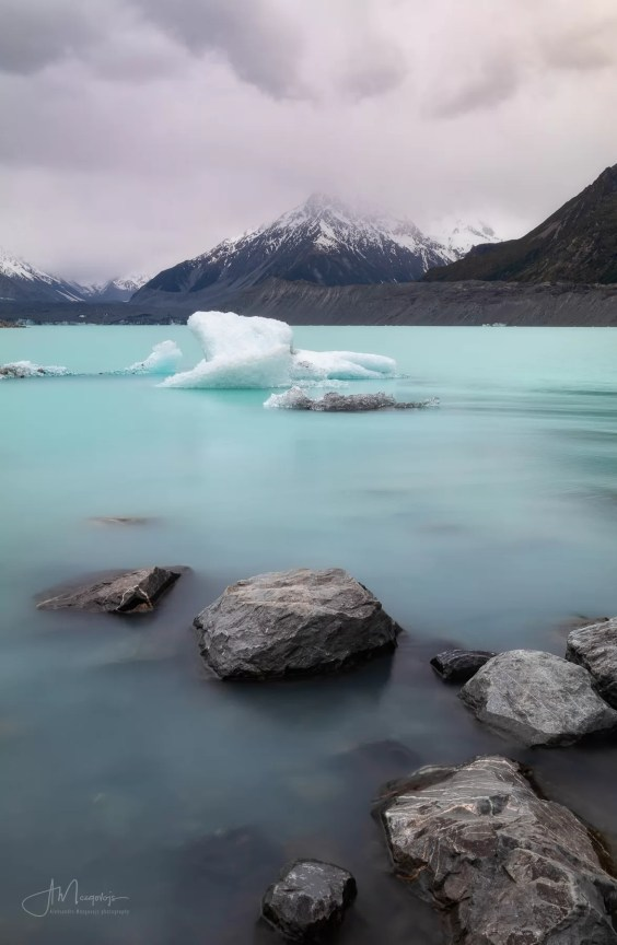 Rocks and icebergs at Tasman Lake