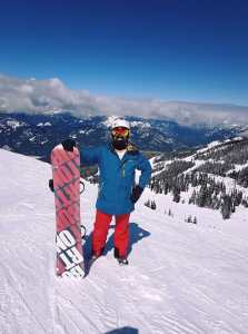 working holiday visa in Canada snowboarding