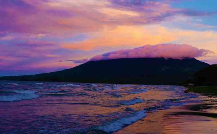 Top thing to do in Ometepe Island - watch the sunset.