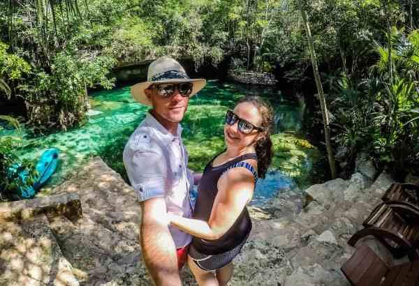 couple travel bloggers 2019 2