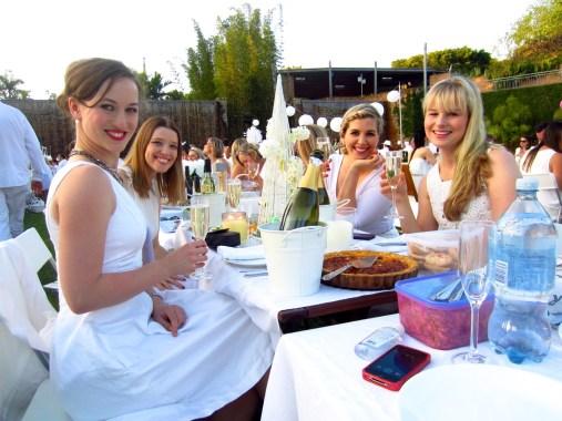 Keeping it classy at Diner en Blanc 2014