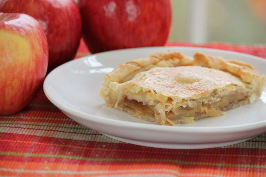 Caramel Apple Slab Pie with Autumn Glory Apples | sunshineandholly.com | fall comfort foods | baking