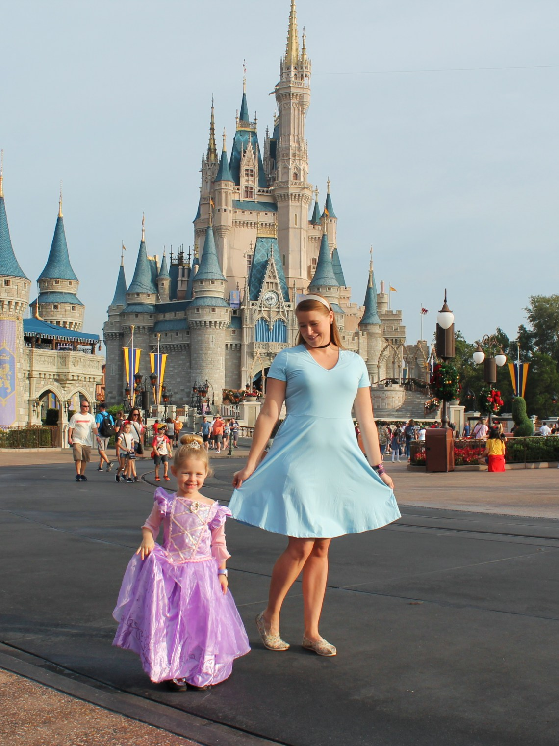 Simple And Easy Disney Princess Disney Bounding Ideas