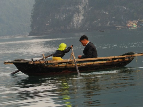 Ha Long  Bay_Child Rowing