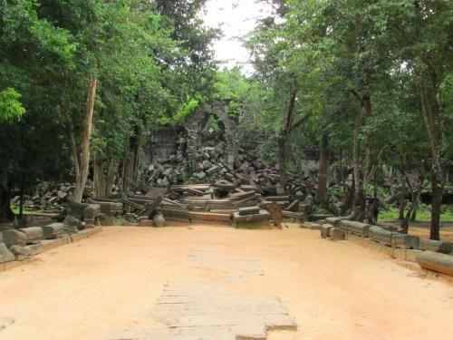 Bang Melea Entrance