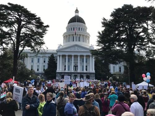 Sacramento, Activisim