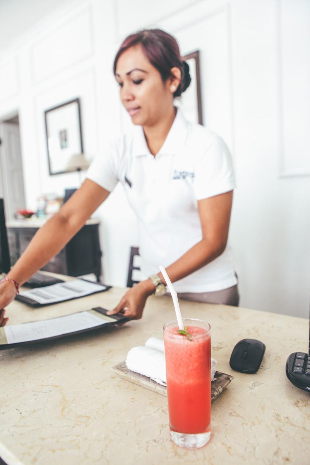 Sunshinestories-Travel-Blog-Bali-Guide-Seminyak-Eating-Staying-Hotel-Restaurant-Bar-Surfing-Uluwatu-Food-Coffe-Café-Kuta-IMG_2024