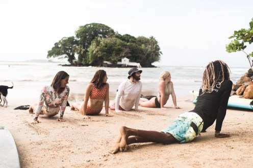 surfyogaretreatcampsrilankaWeek29-group-9315