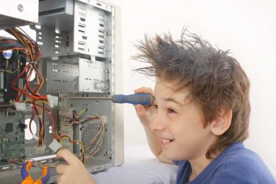 טכנאי מחשבים זה בסטייל סאן ספארק מרכז הידע