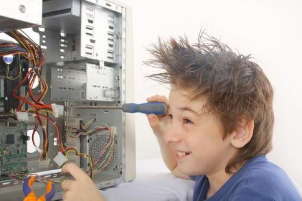 קורס טכנאי מחשבים לילדים ונוער - סאן ספארק מרכז הידע
